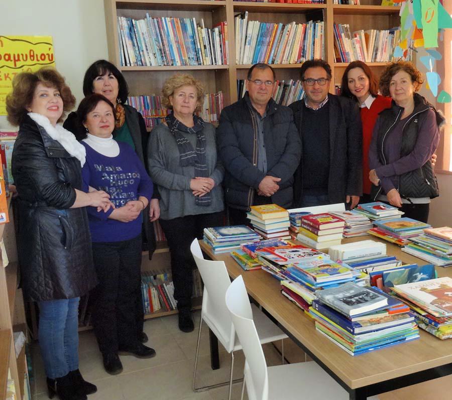 Συγκέντρωση βιβλίων για κοινωφελή σκοπό στη Δημοτική Βιβλιοθήκη Νίκαιας. 587178d76d3